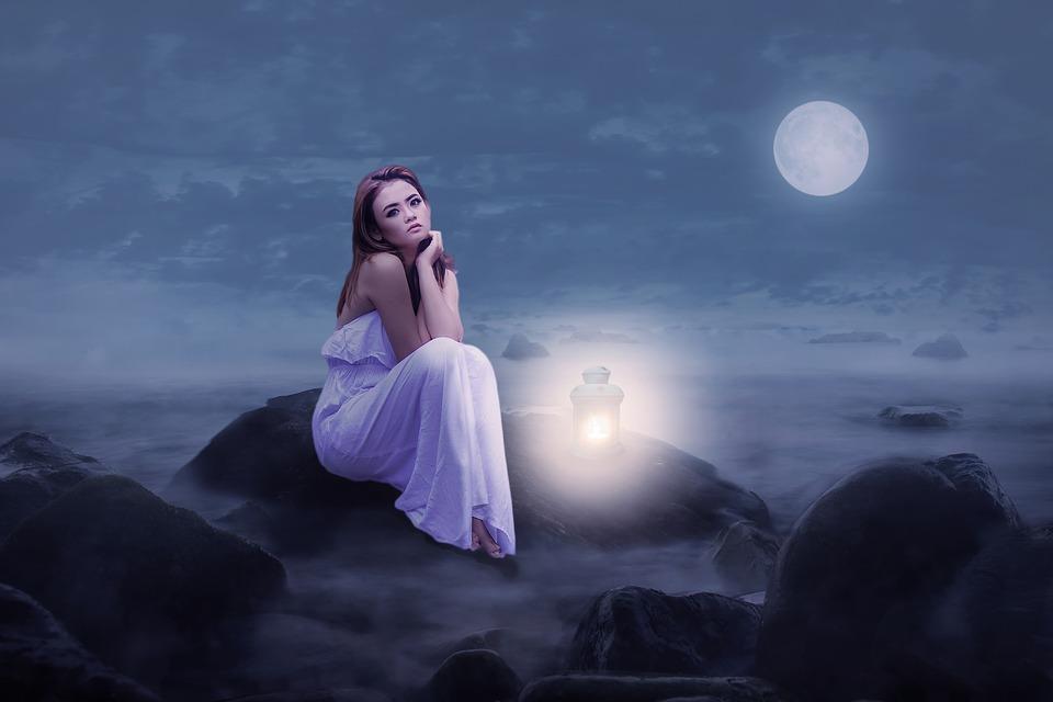 влияние луны на женщину